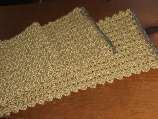 Free Crochet Table Runner Patterns Easy : free easy crochet table runner patterns Car Tuning